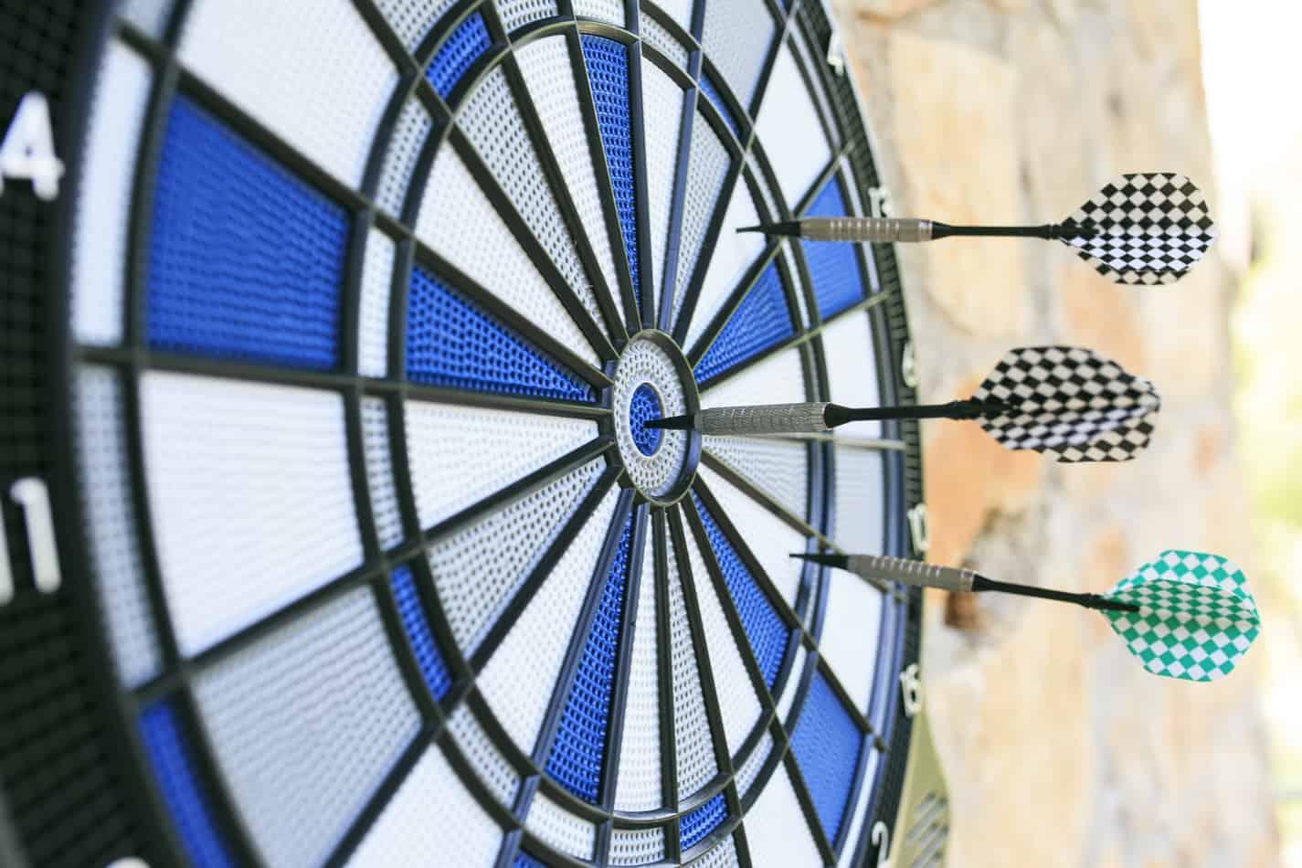 how to play bermuda triangle darts