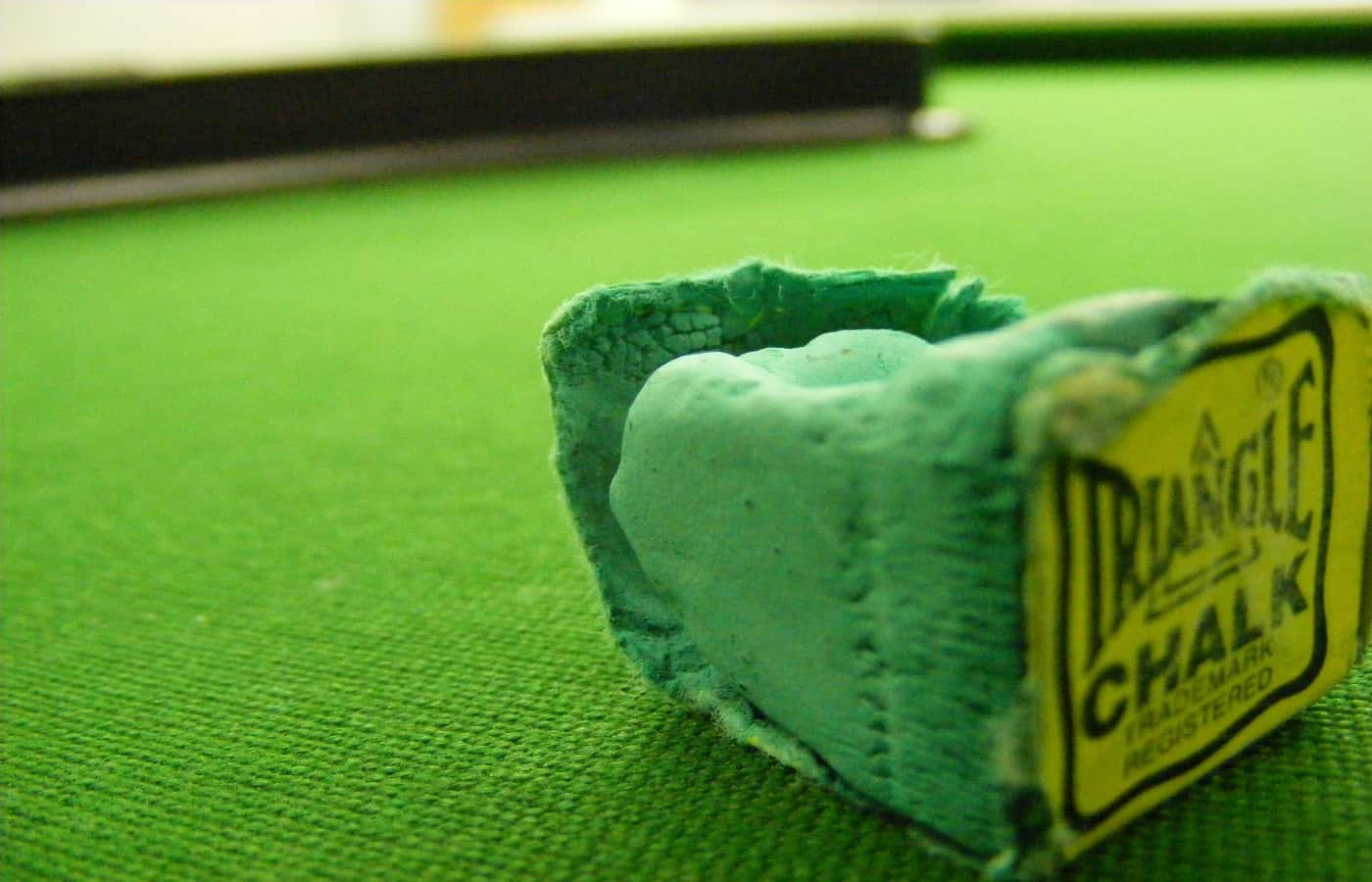 does pool chalk color matter