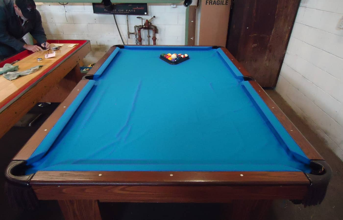can you use a lint roller on a pool tabl;e