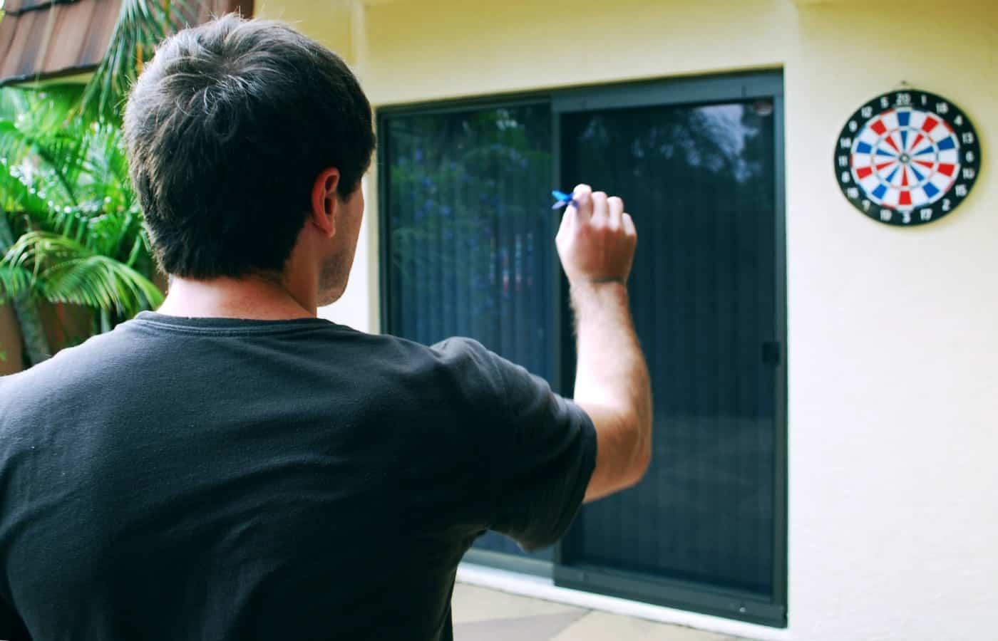 can a dart break a window