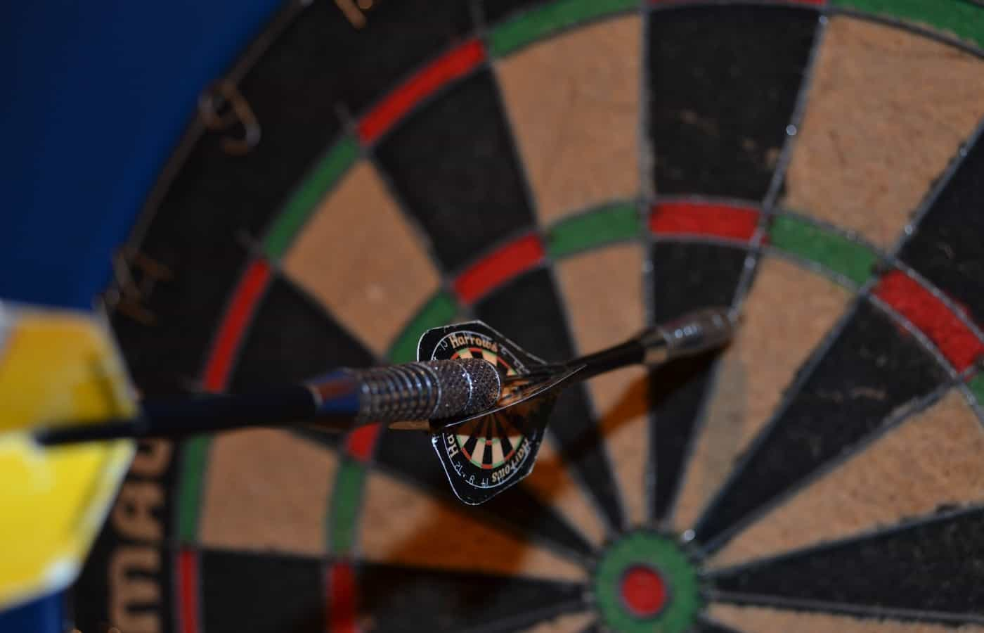 does a dart count if it falls out