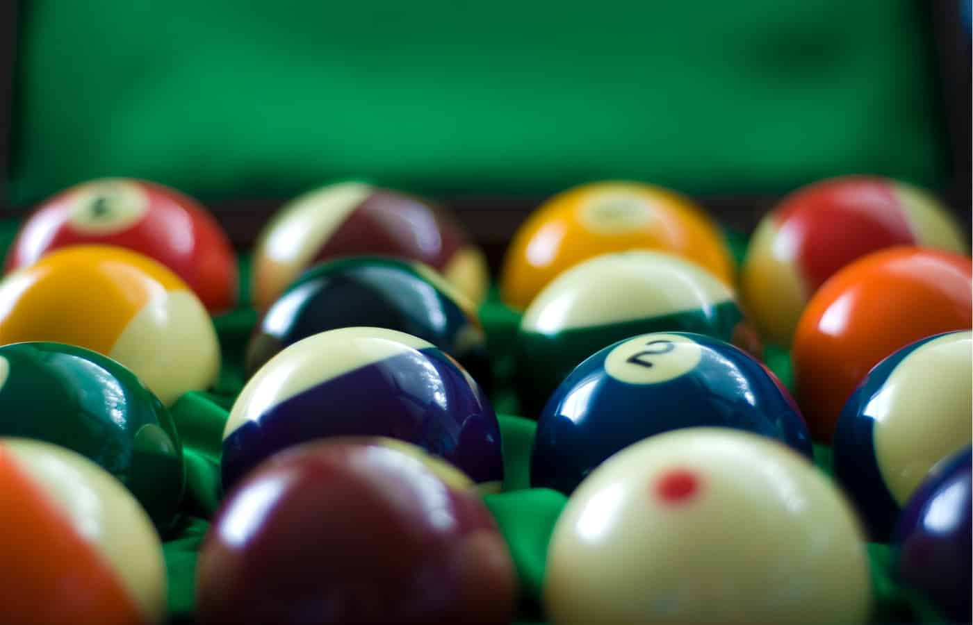 how to identify pool balls