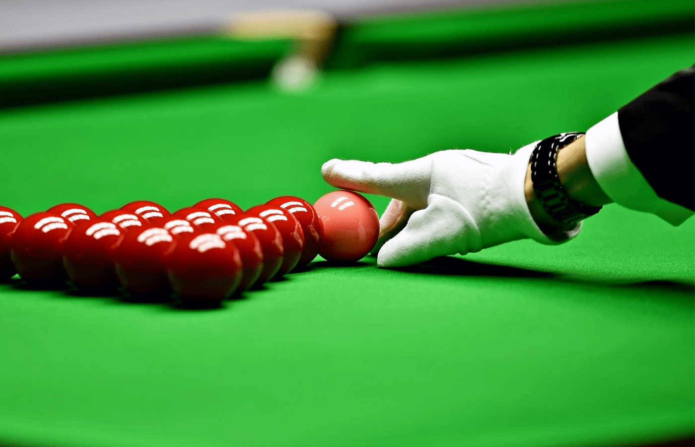 how to become a snooker referee