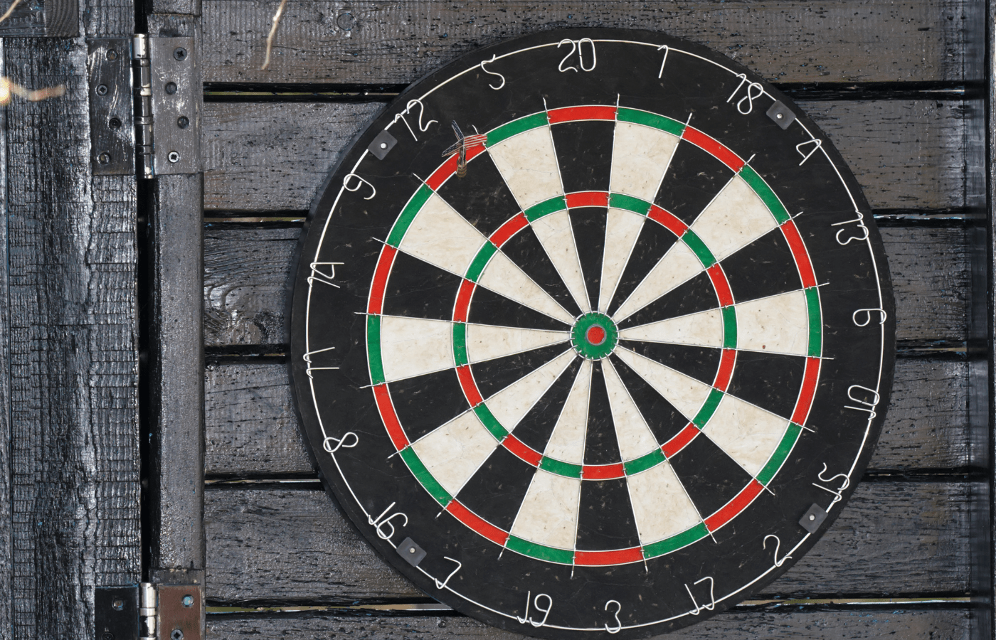 how to hang a dartboard on a door