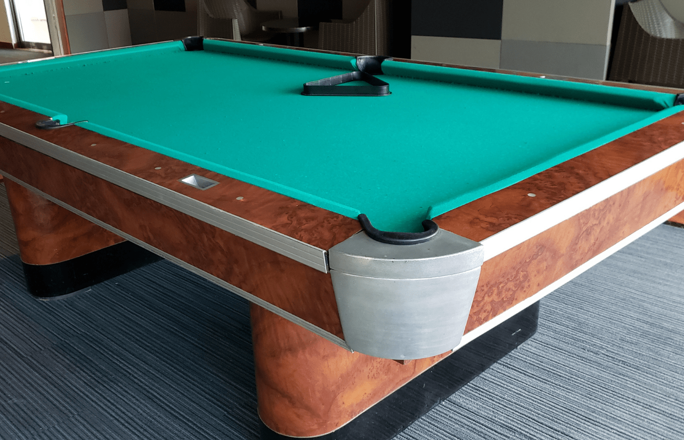 how to remove beeswax from pool table slate