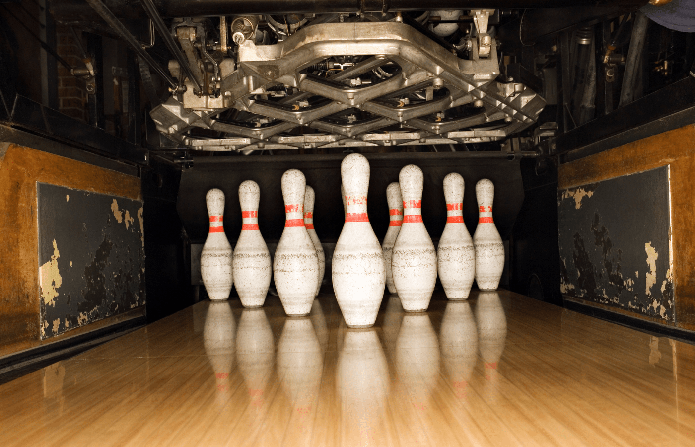 how much do bowling pins weigh