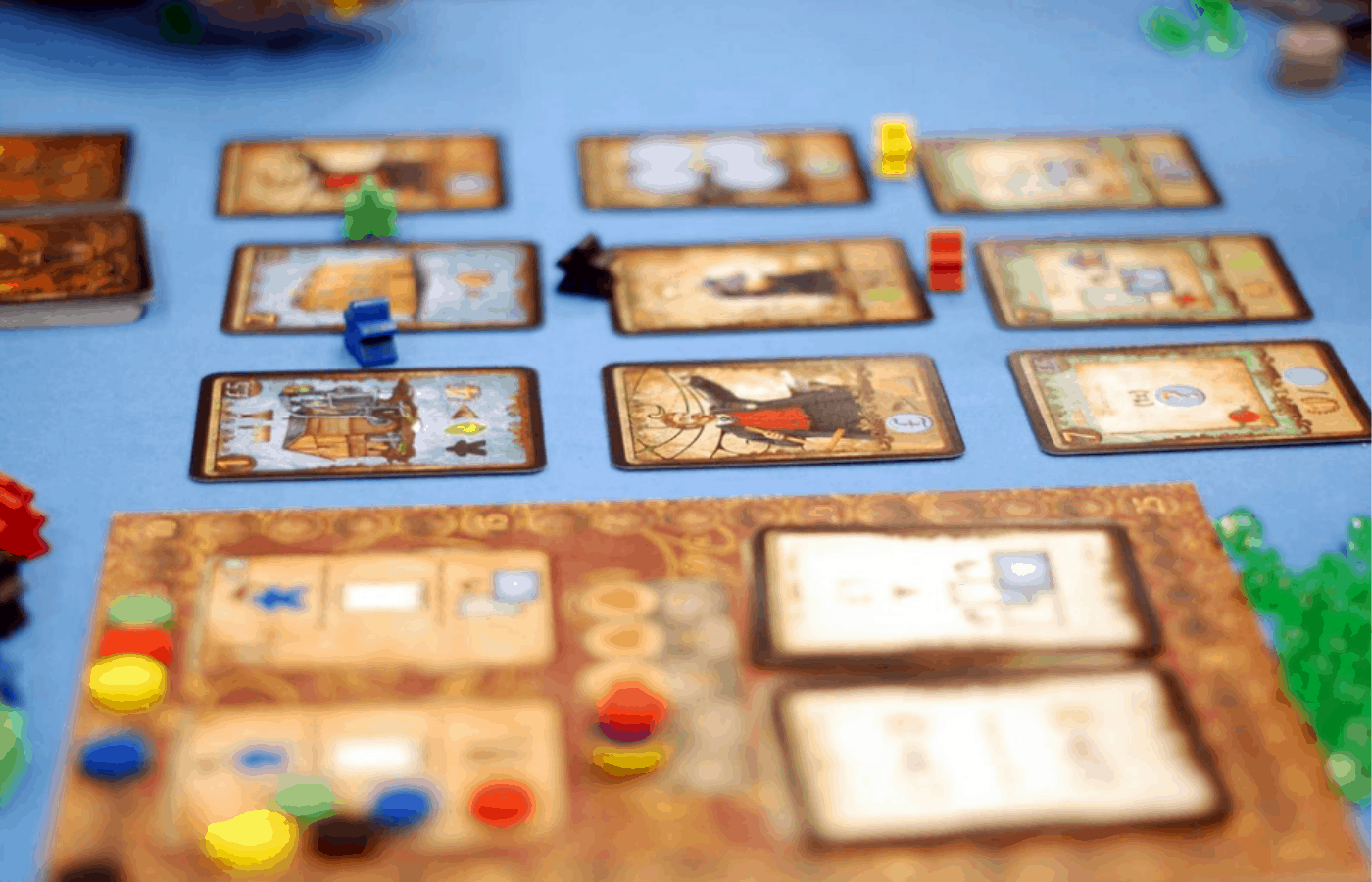 how do board games differ from puzzles