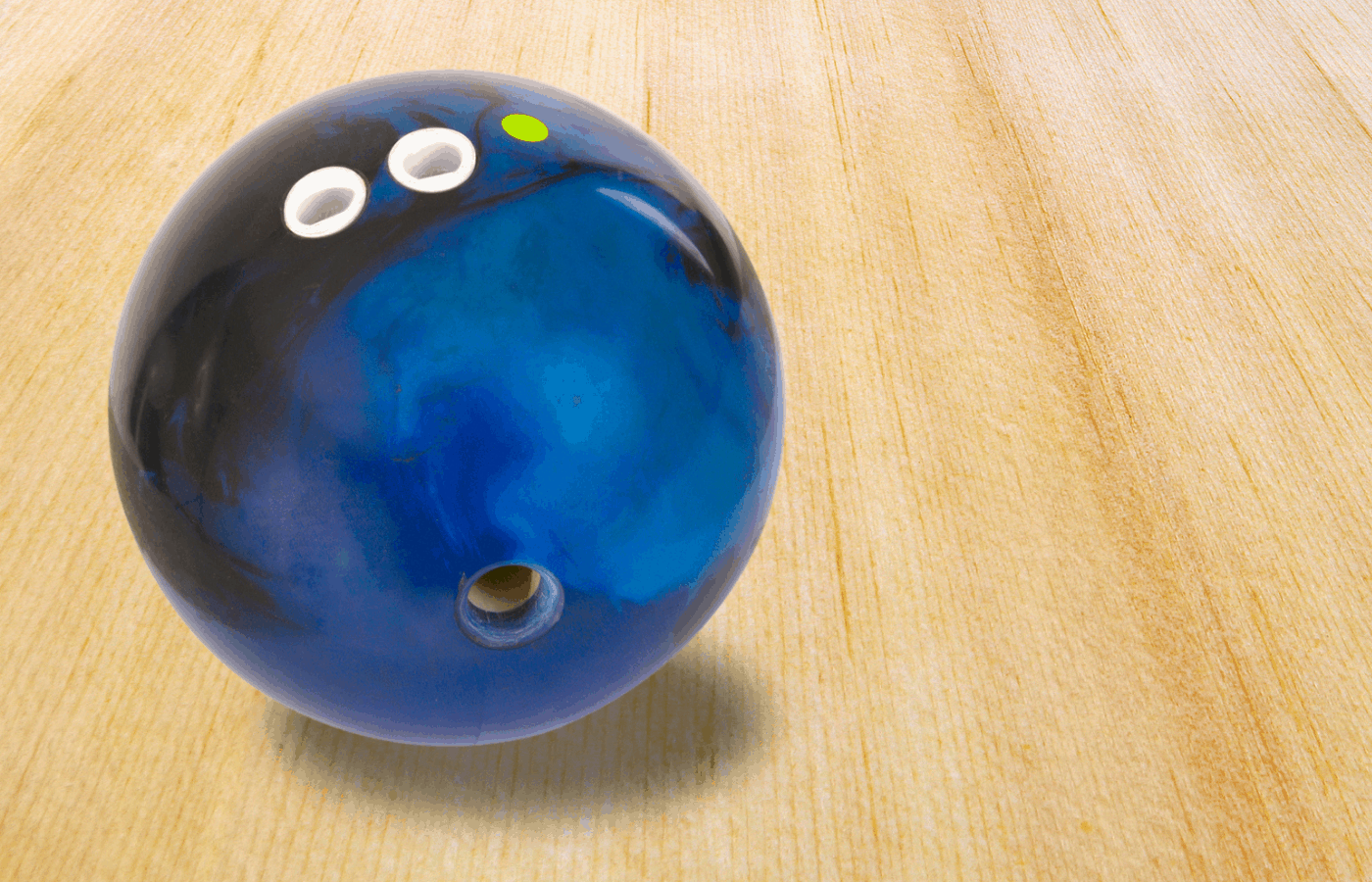 How to Maintain a Urethane Bowling Ball