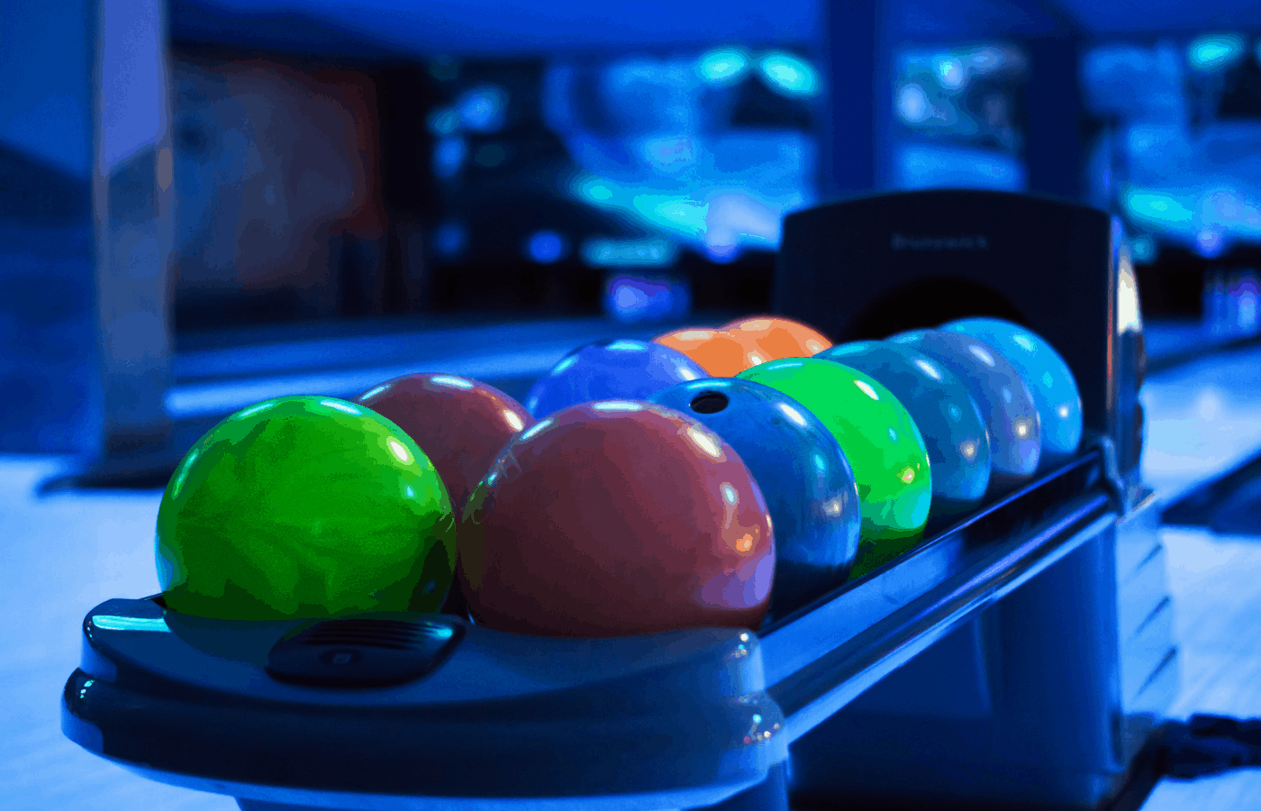 do bowling alleys sell balls