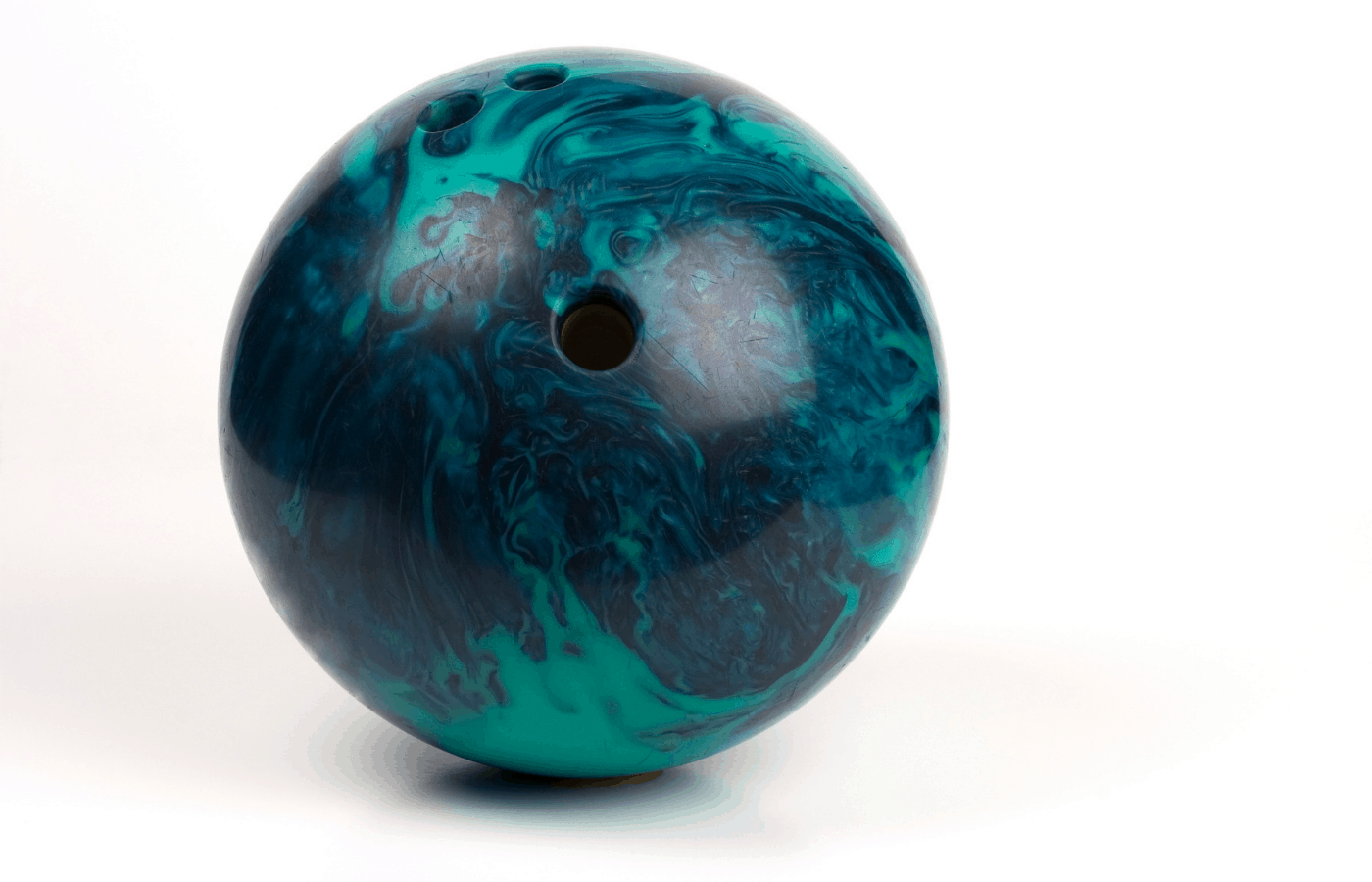 do bowling balls have serial numbers