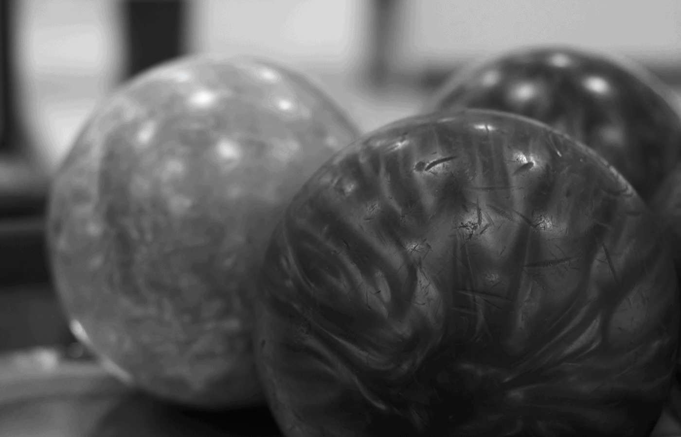 can you use sandpaper on a bowling ball
