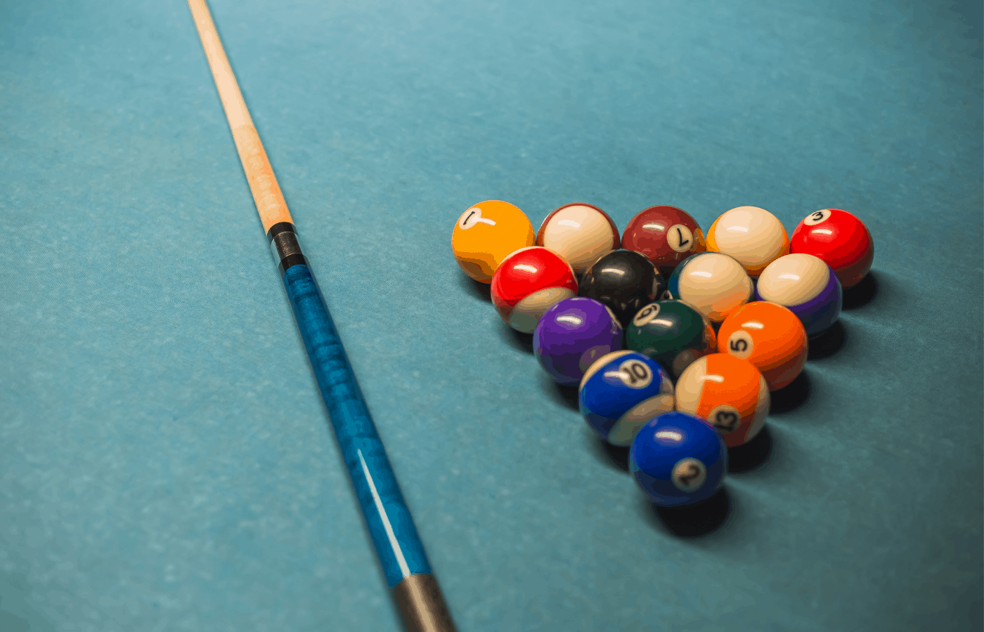 forward vs rear weighted pool cues