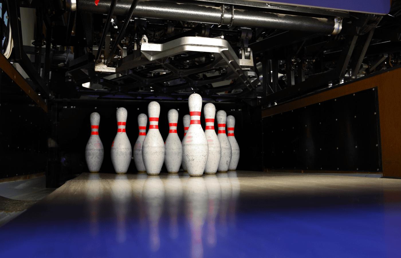 do bowling pins break