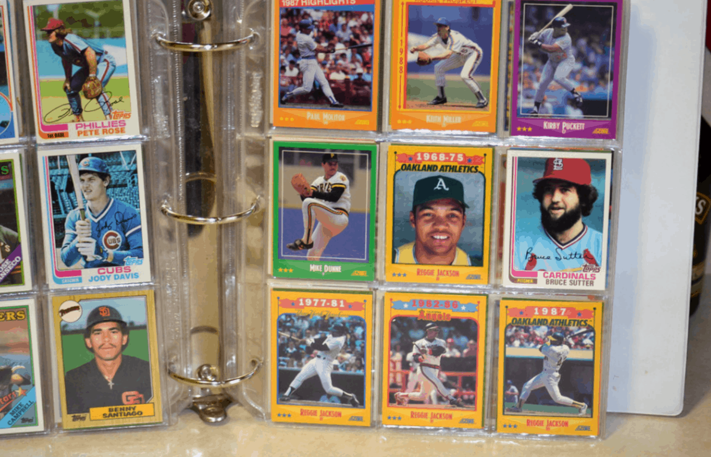 how to store common baseball cards