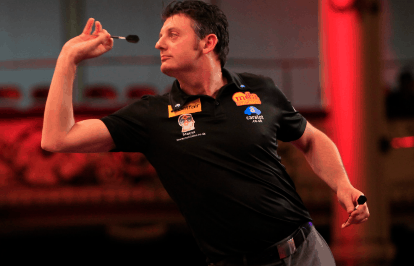 do darts players have coaches