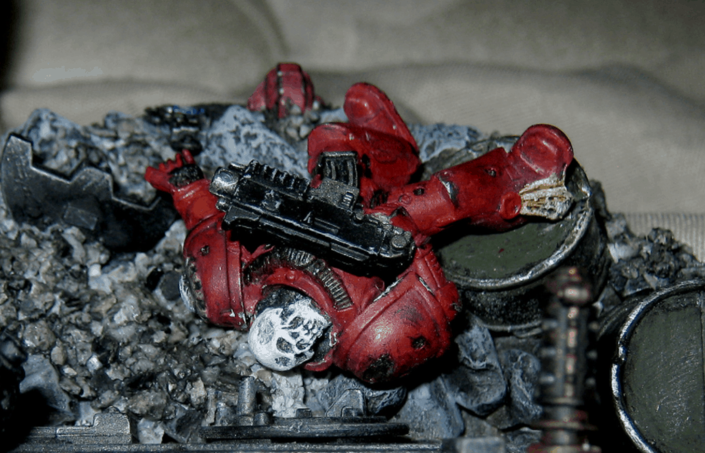 How to Remove Super Glue From Metal Miniatures
