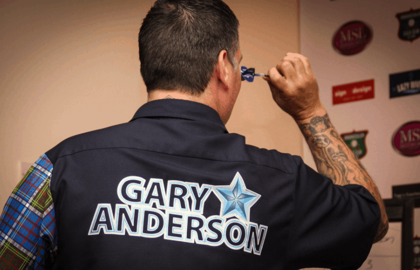 What Darts Does Gary Anderson Use